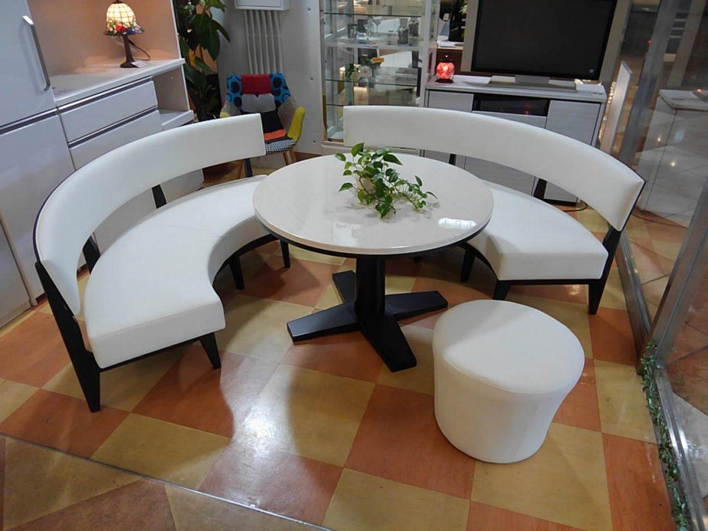 【ダイニング4点セット】珍しい円形テーブル&ベンチ【Get神戸】