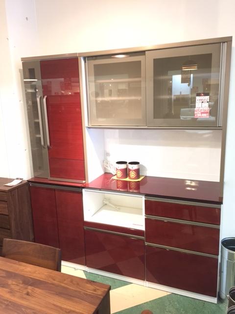 人気の国産キッチン収納がOUTLETで登場! Get神戸