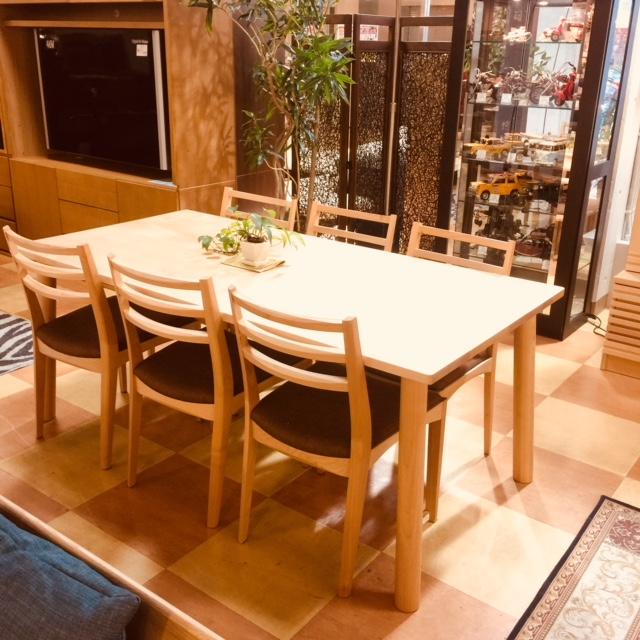 メープル無垢材の食卓セット Get神戸