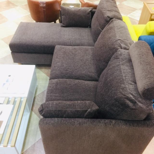 人気カウチソファの色違い Get神戸 家具のアウトレットget